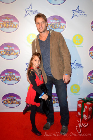 Image gallery justin hartley and daughter for Isabella hartley
